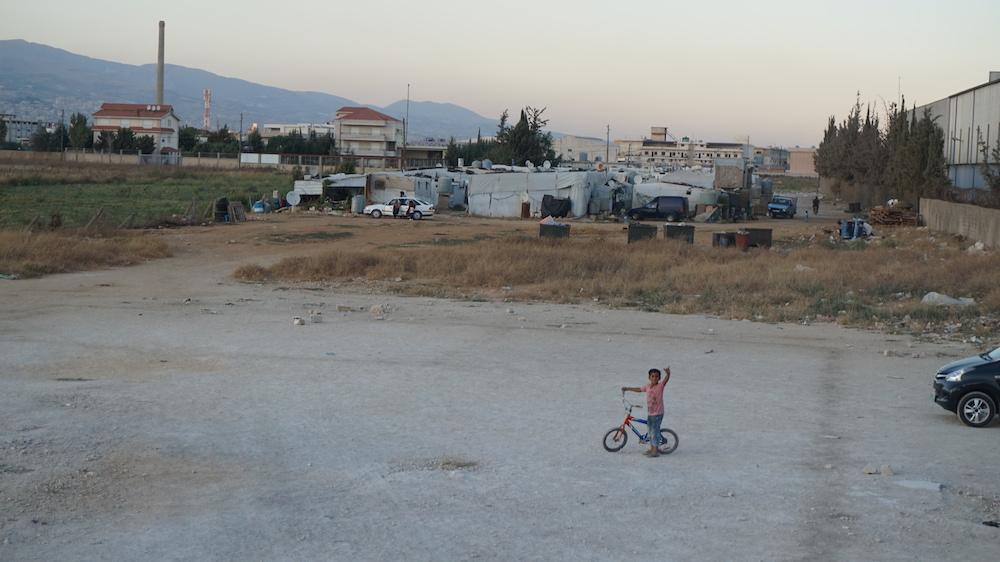 """""""Escena habitual en un pequeño asentamiento de refugiados de Bekaa (Líbano)""""."""
