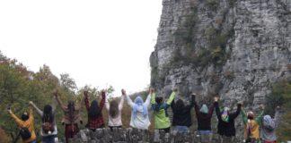 Grupo de mujeres refugiadas en una de sus actividades facilitadas por Habibti.Trains