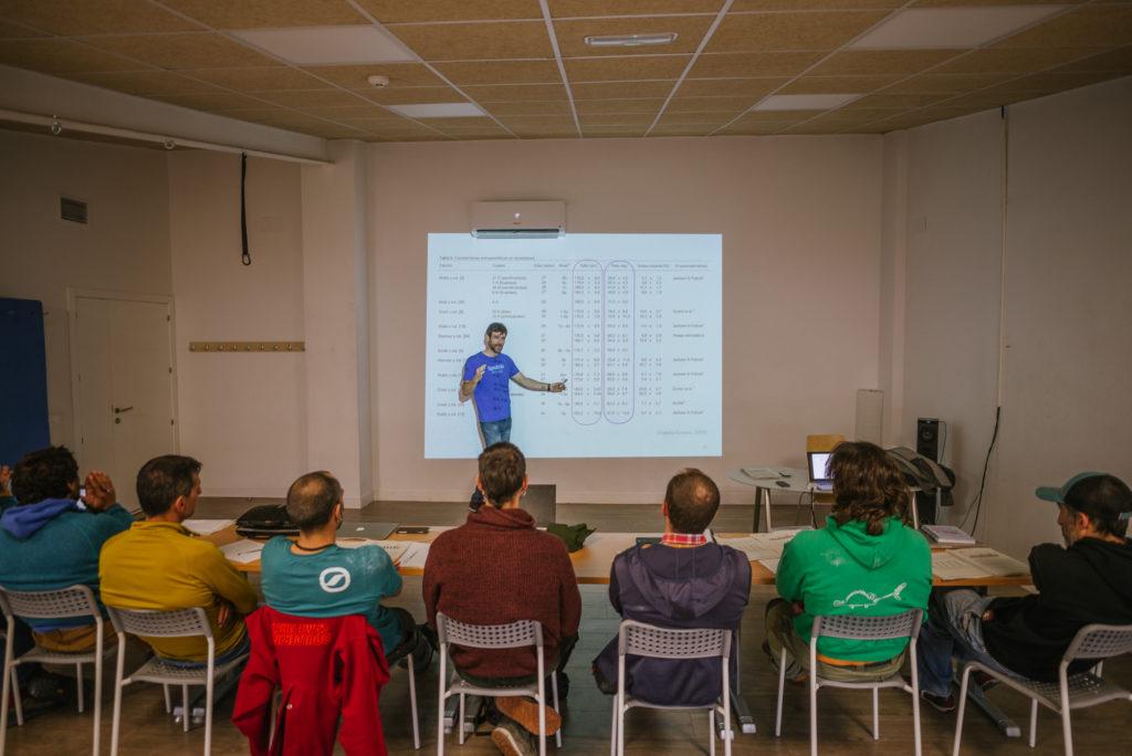 Clases de entrenamiento para TD3 de Escalada en Sputnik Formación-CFEM. ©Archivo Sputnik