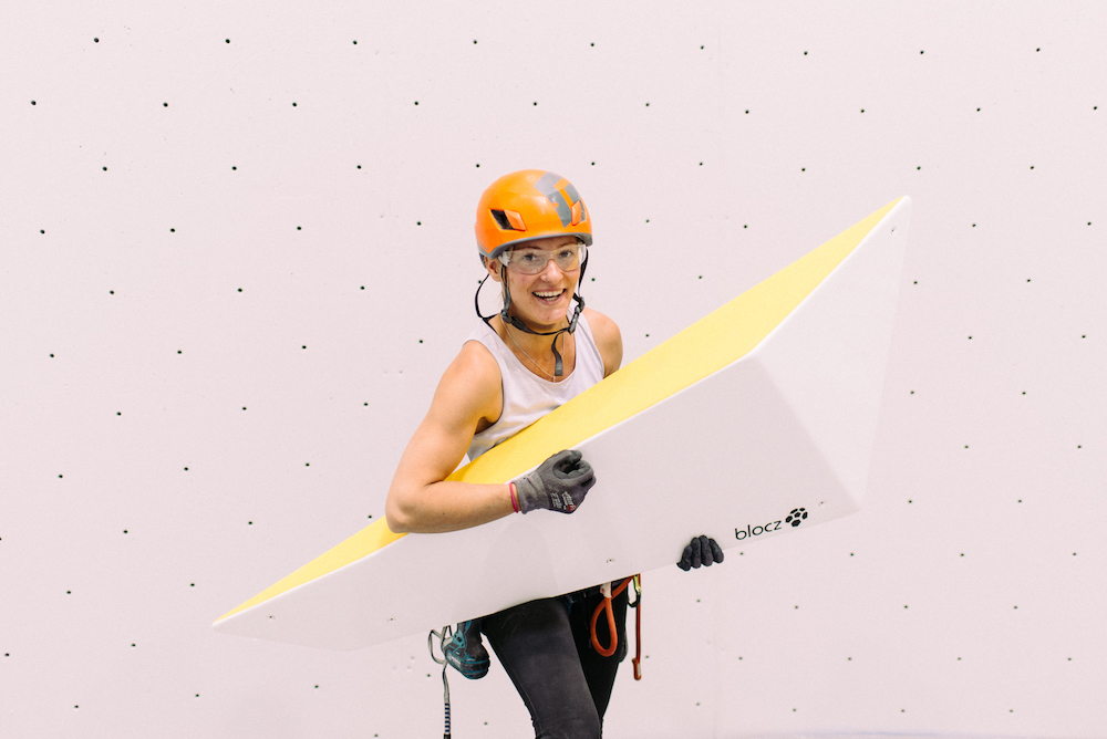 Mari Alarcón, TD2 de Escalada y equipadora.